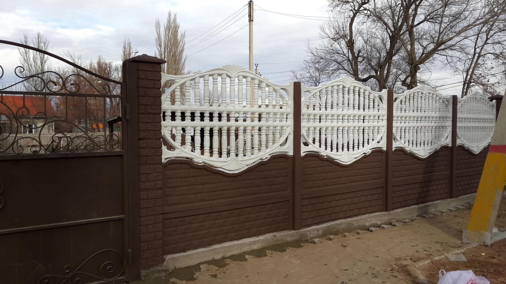 Декоративный забор из бетона своими руками